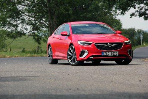 Opel Insignia GSi 2.0 CDTI 8A 4x4 – manažerský rychlík