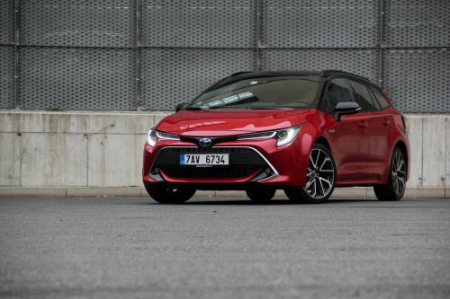 Toyota Corolla Touring Sports 2.0 Hybrid – pokrokový mainstream