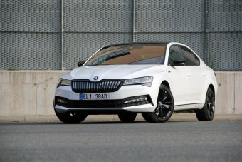 Škoda Superb iV 1.4 TSI PHEV – úsporně bez TDI?