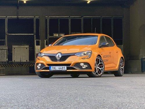 Renault Mégane R.S. Trophy EDC – automaticky rychle