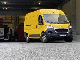 Peugeot Boxer Furgon 3300 L3H2 BlueHDi 140 – pracant s novým motorem