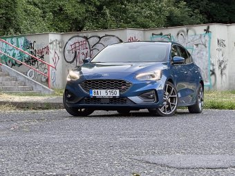 Ford Focus ST 2.3 EcoBoost – automaticky s radostí