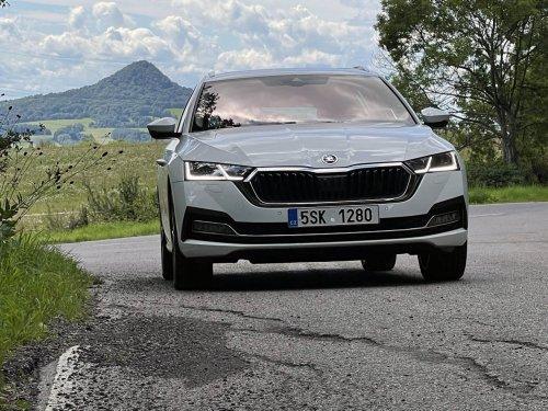 Škoda Octavia Combi 2.0 TDI – zlatá střední cesta