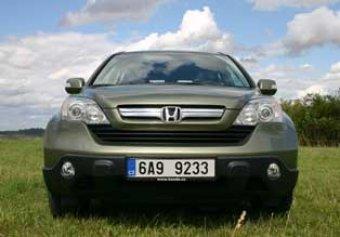 Honda CR-V 2.0 - jako stvořená na silnici (TEST)