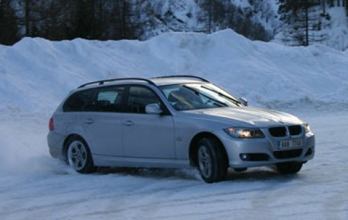 BMW 320d xDrive Touring - top stage forever? (TEST)