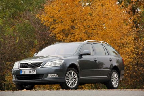 Škoda Octavia Combi 2.0 TDI CR (103 kW) - rodinný luxus Laurina a Klementa (TEST)