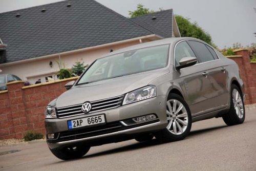 VW Passat 2.0 TDI DSG - sedan i pro opravdové řidiče? (TEST)