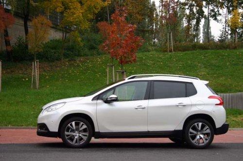 Peugeot 2008 1.6 VTi vs 1.6 e-HDI - nafta nebo benzin (TEST)