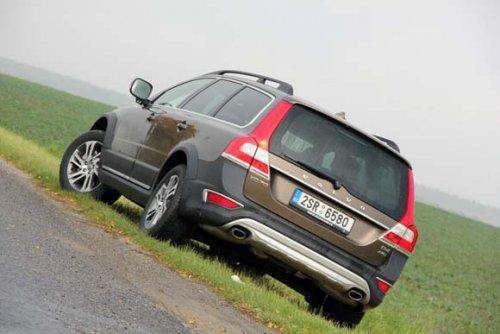 Volvo XC70 D4 AWD - cestou necestou (TEST)
