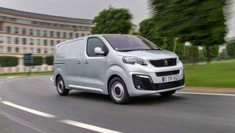 Nový Peugeot Expert - specialista nejen pro přepravu nákladů (NOVINKA)