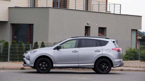 Toyota RAV4 Hybrid - útok na Ameriku (TEST)